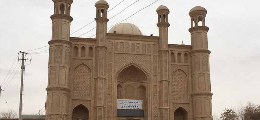 Çin'in Doğu Türkistan'da asimilasyon savaşı: 800 yıllık camiler yıkılıyor