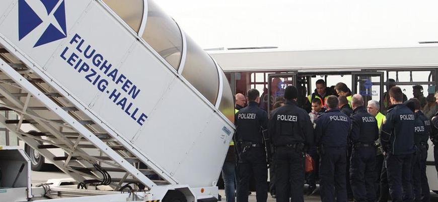 Almanya mültecilerin hızlı şekilde sınır dışı edilmesini kolaylaştırıyor