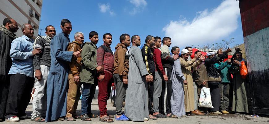 """""""Sisi'nin görevde kalması için oy verenlere makarna dağıtıldı"""""""