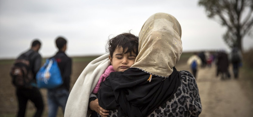 Guardian: Türkiye'de Suriyelilere yönelik gözaltılar, açık kapı politikasının değiştiğinin işareti