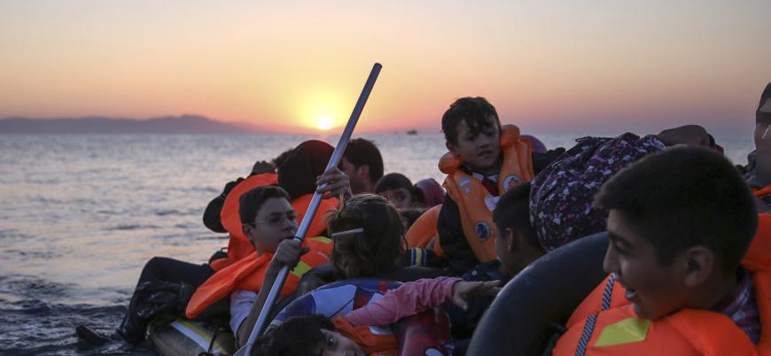 Almanya'da her iki kişiden biri mültecilere olumsuz yaklaşıyor