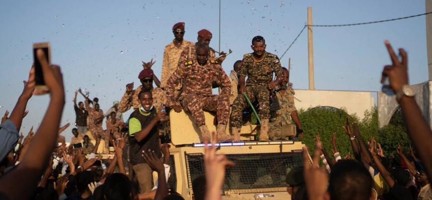 Sudan'da askeri konsey yönetimde sivillerin çoğunluğu oluşturmasına karşı