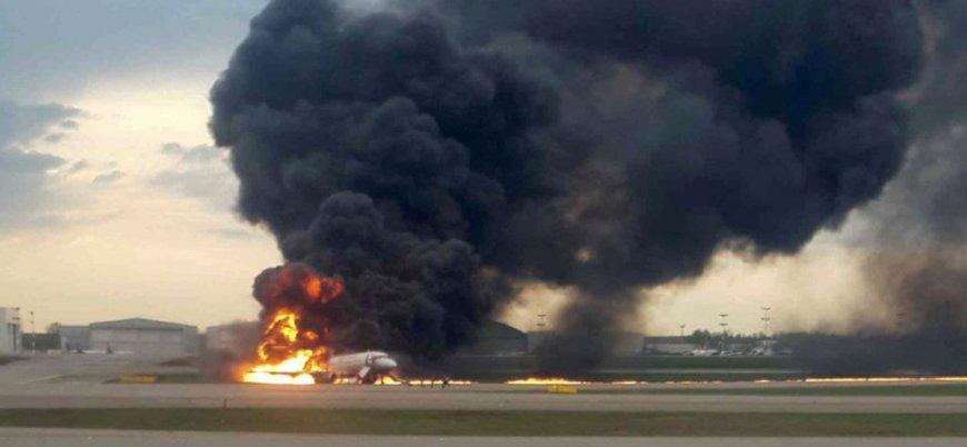 Rus Aeroflot uçağı acil inişte alev aldı: 41 ölü
