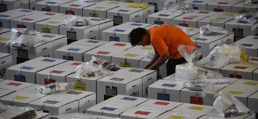 Endonezya'da aşırı çalışmaktan ölen seçim görevlisi sayısı 500'ü aştı