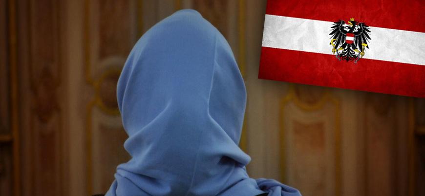 Avusturya'da ilkokullarda başörtüsü yasağı kabul edildi