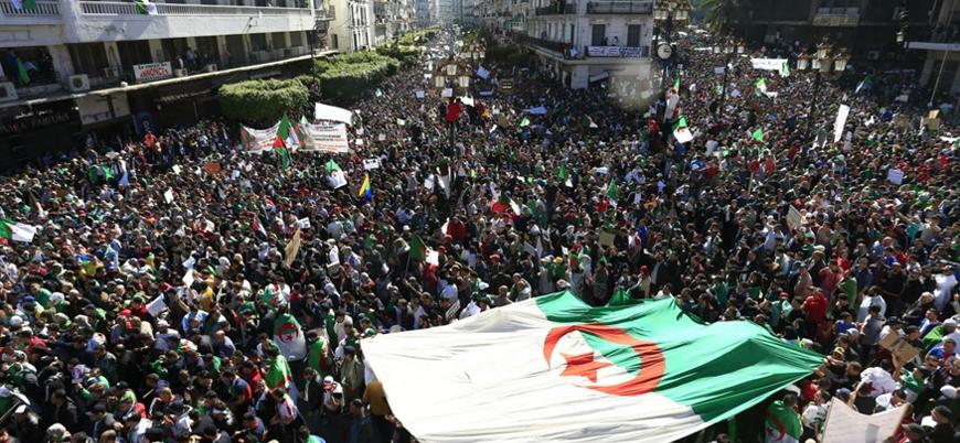 Cezayir'de gösteriler devam ediyor