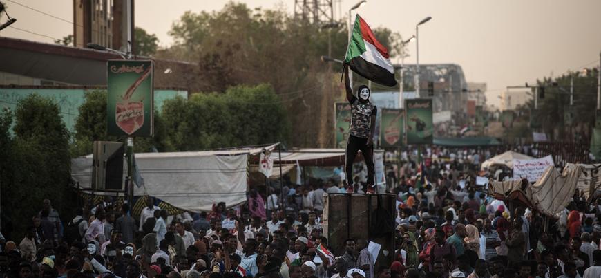 Sudan'da gerilim tırmandı: Yeni darbe girişimi