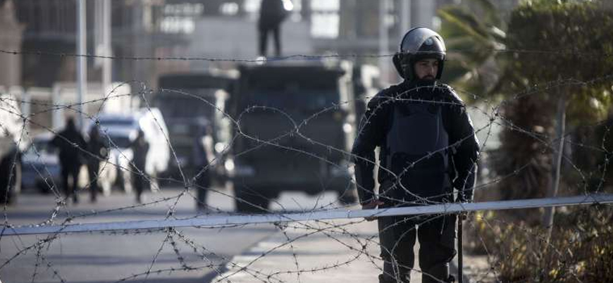 Mısır'da silahlı muhalif gruba yönelik operasyon: 12 ölü