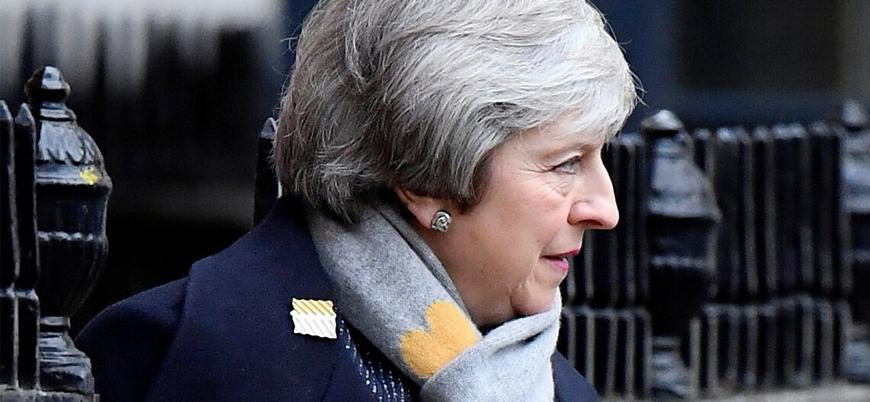 İngiltere Başbakanı Theresa May istifa edeceği tarihi açıkladı