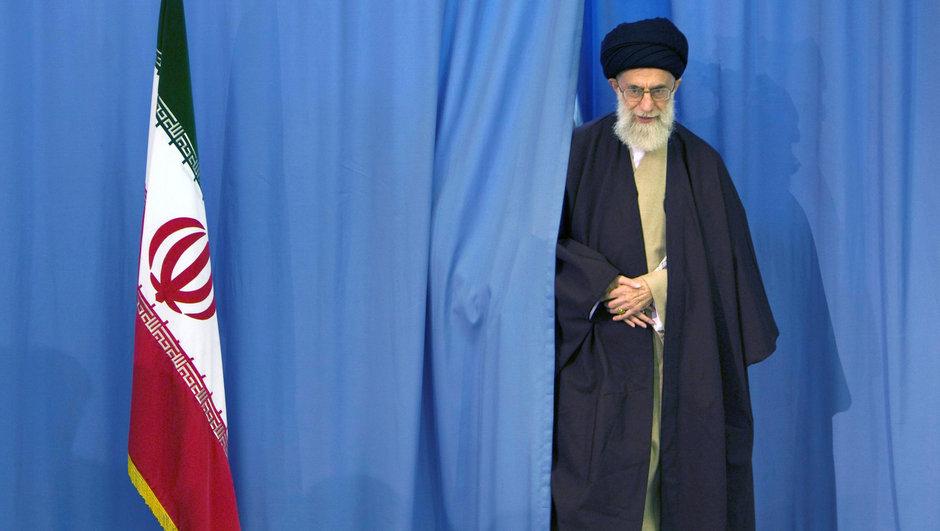'İran Obama'ya teşekkür etmeli' çağrısına Hamaney'den cevap