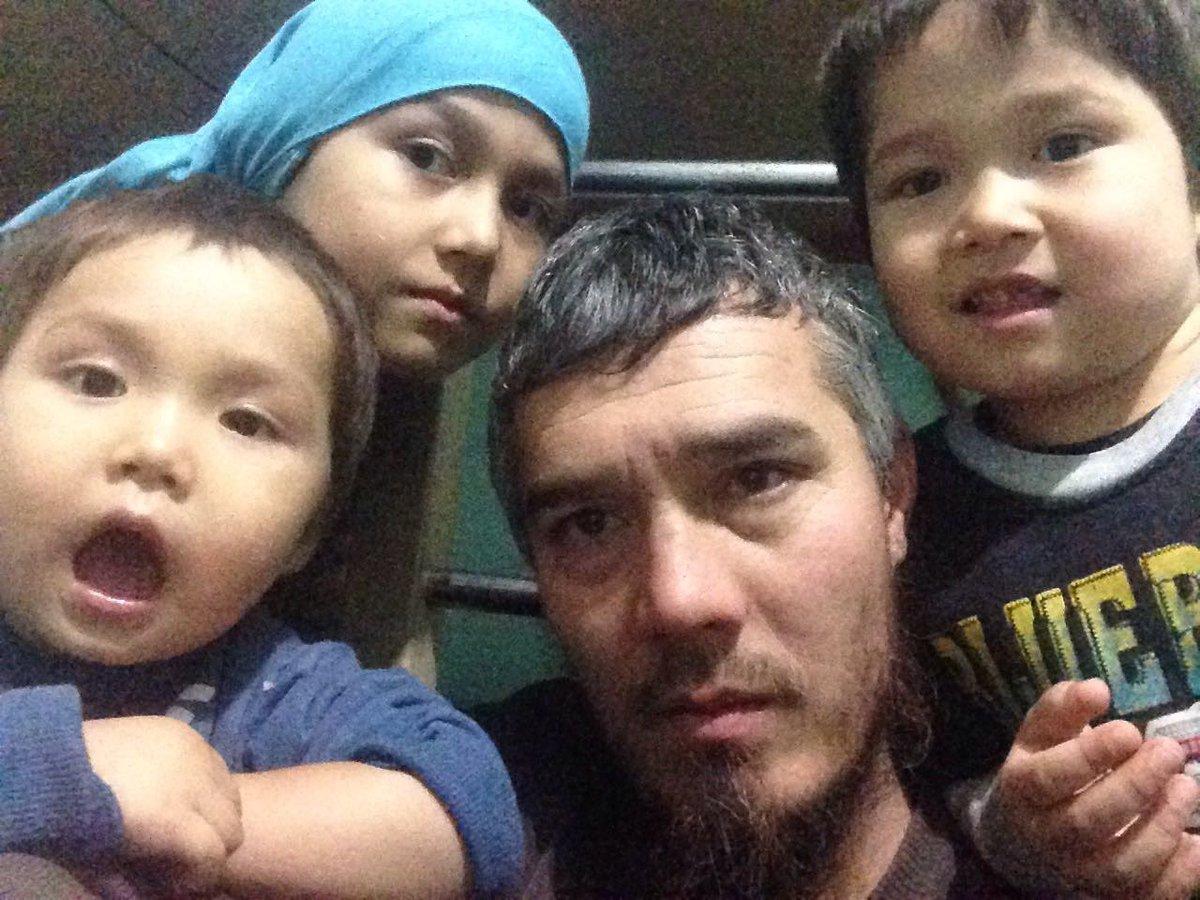 İade edilmek istemeyen Özbek mülteci kollarını kesti
