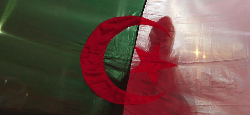 Cezayir Anayasa Konseyi cumhurbaşkanlığı seçimlerini iptal etti