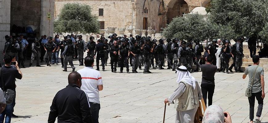 Yüzlerce Yahudi, polis korumasında Mescid-i Aksa'ya girdi