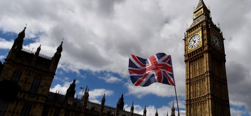 İngiltere'de başbakanlık görevi için yarış başladı