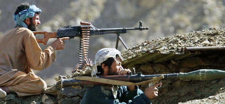 Taliban Afganistan'da iki günde iki ilçeyi ele geçirdi