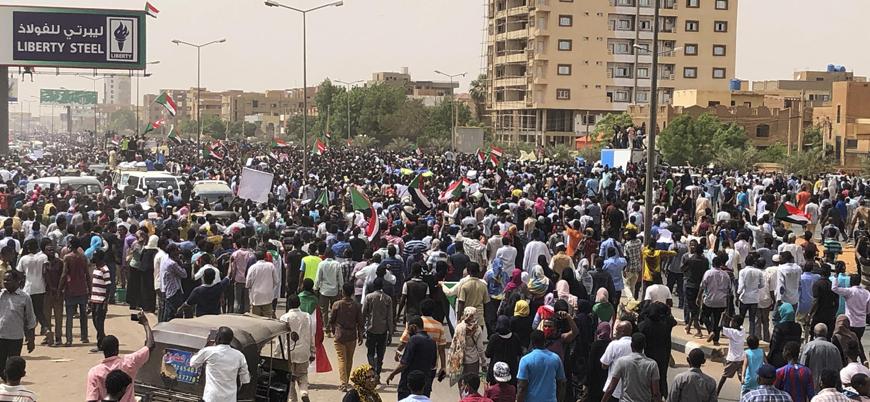 Sudan'daki gösterilere müdahale: 7 ölü 181 yaralı