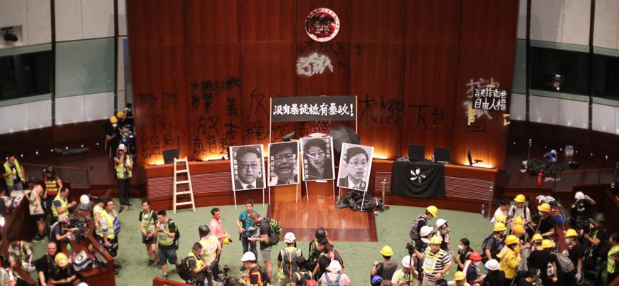 Trump'tan Hong Kong'da Çin karşıtı gösterilere destek