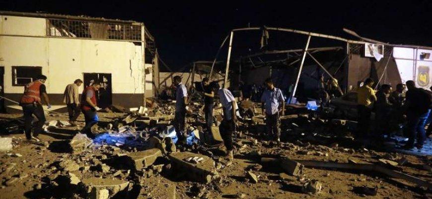 Libya'da Trablus yakınlarında göçmen merkezine hava saldırısı: 50 ölü