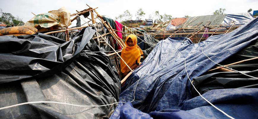 Budist katliamından kaçan 1 milyona yakın Arakanlı mülteci muson yağmurlarıyla boğuşuyor