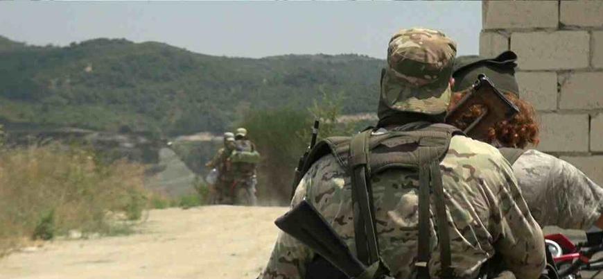 Suriyeli muhalifler Lazkiye bölgesindeki Türkmen Dağı'na saldırı başlattı