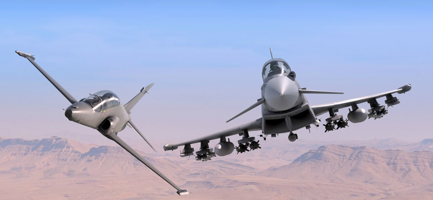 Katar'da iki savaş uçağı havada çarpıştı