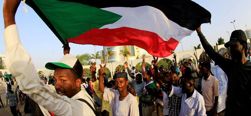 Sudan cuntası: Yeni bir askeri darbe girişimini engelledik