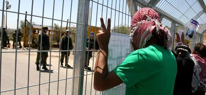 İsrail tarafından alıkonulan Filistinli cezaevindeki hücresinde hayatını kaybetti