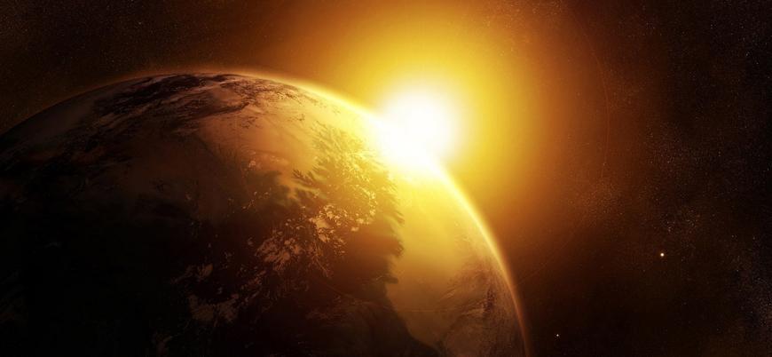 """""""Küresel ısınmanın sebebi dünyanın güneşe yaklaşması"""""""