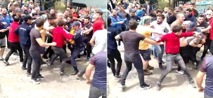 Trabzon'da 'Kürdistan' yazılı atkıları sebebiyle dövülen turistlere sınır dışı