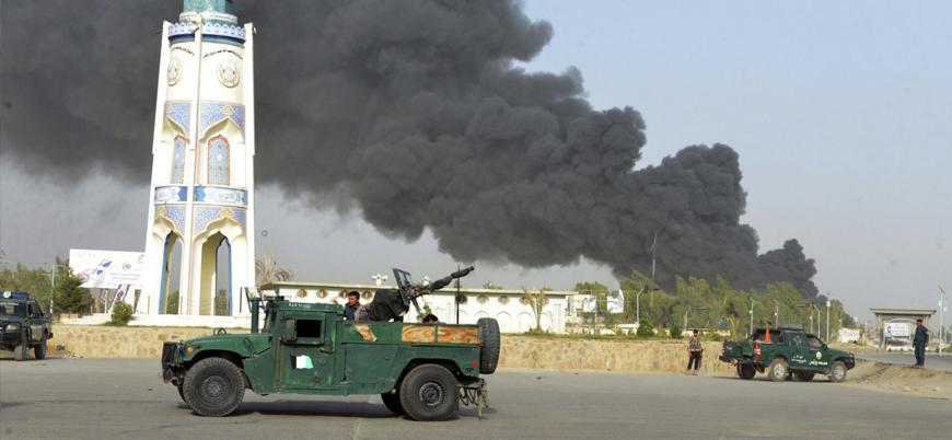 Taliban'dan Kandahar'da 3 bomba yüklü araçla saldırı: 'En az 100 ölü ve yaralı var'