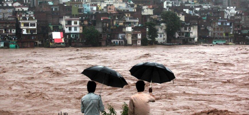 Hindistan'daki sellerde ölü sayısı 150'yi aştı