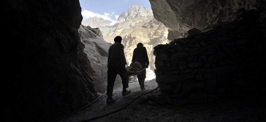Taliban Afganistan'ın kuzeyinde maden zengini ilçeyi ele geçirdi
