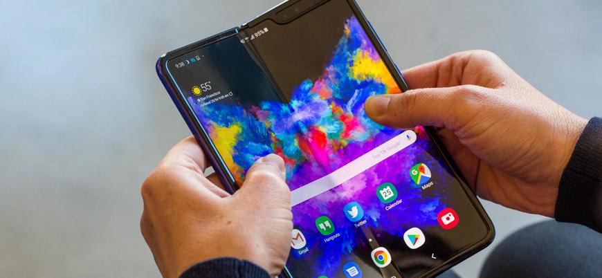 Samsung'un katlanabilir telefonu eylülde satışa sunuluyor
