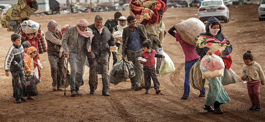 İdlib'de Rusya ve Esed rejiminin saldırıları nedeniyle 3 ayda 400 bin sivil yerinden oldu