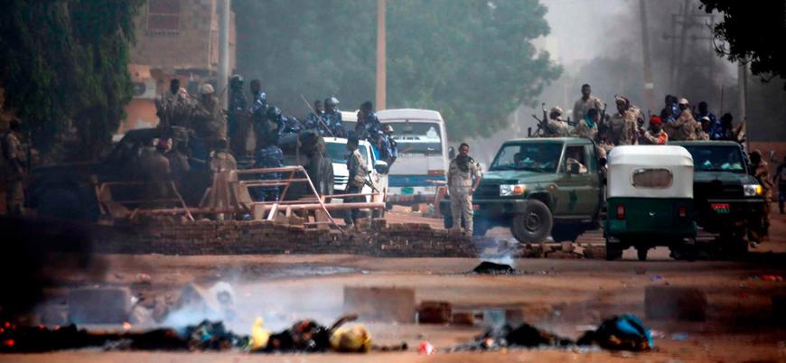 Sudan'da oturma eylemine açılan ateşte 87 kişinin öldüğü açıklandı