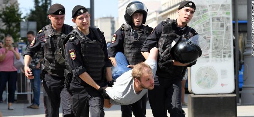 1000'den fazla gözaltı ve polis müdahalesi: AB'den Rusya'da muhaliflere müdahaleye tepki