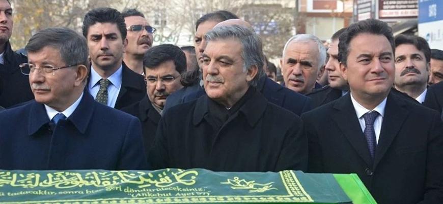 Selvi: Erdoğan yeni parti kuracak isimlere kılıcı çekti