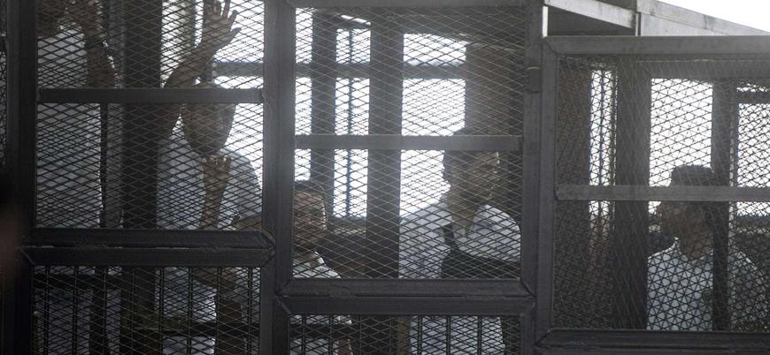Mısır'da Mursi'nin de tutulduğu cezaevindeki mahkumlar açlık grevinde