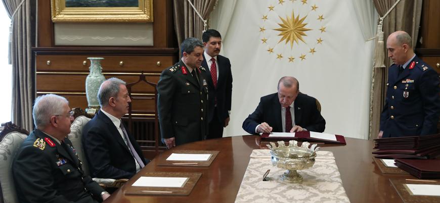 Fırat Kalkanı ve Zeytin Dalı harekatlarının komutanları YAŞ'ta emekli edildi