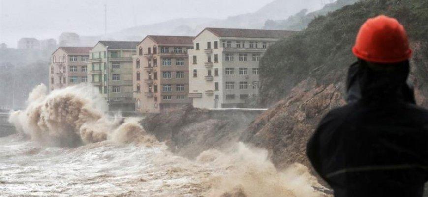 Lekima Tayfunu Çin'i vurdu: 28 kişi öldü 1 milyon kişi tahliye edildi