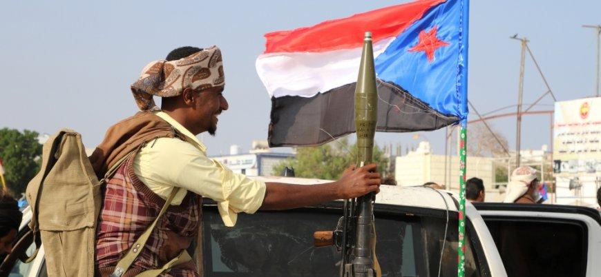 Yemen'de BAE destekli güçler Aden'i ele geçirdi