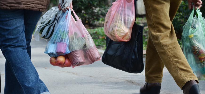 Parayla satma uygulaması işe yaramadı: Almanya plastik poşetleri tamamen yasaklayacak