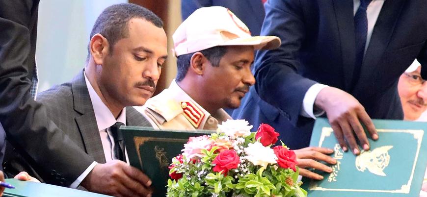 Sudan'da 'yeni dönem' anlaşması imzalandı