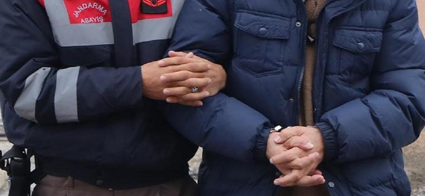 Osmaniye'de bir muhtar 'Cumhurbaşkanına hakaret'ten tutuklandı
