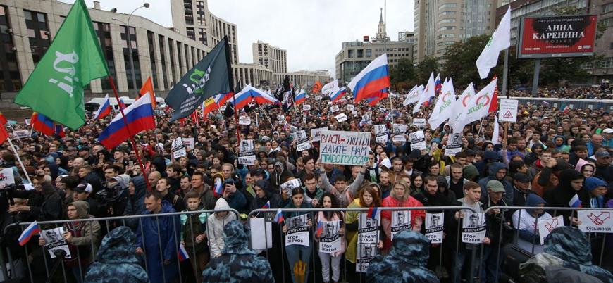 Moskova'da 'özgür seçim' protestoları sürüyor
