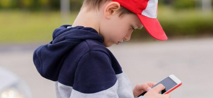 """""""Sosyal medya çocukların fevri davranmasına neden oluyor"""""""