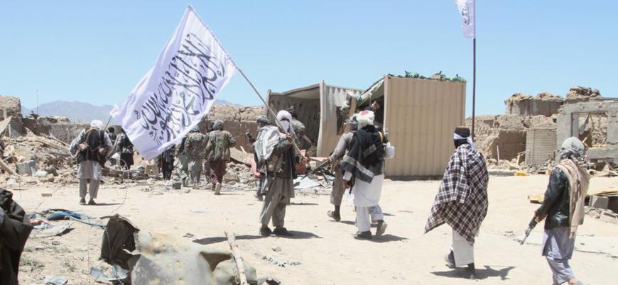 Taliban Afganistan'ın kuzeyindeki Belh ilinde bir ilçeyi ele geçirdi