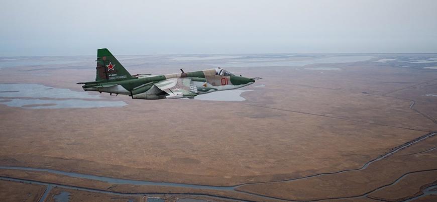 Rusya'ya ait Su-25 savaş uçağı düştü