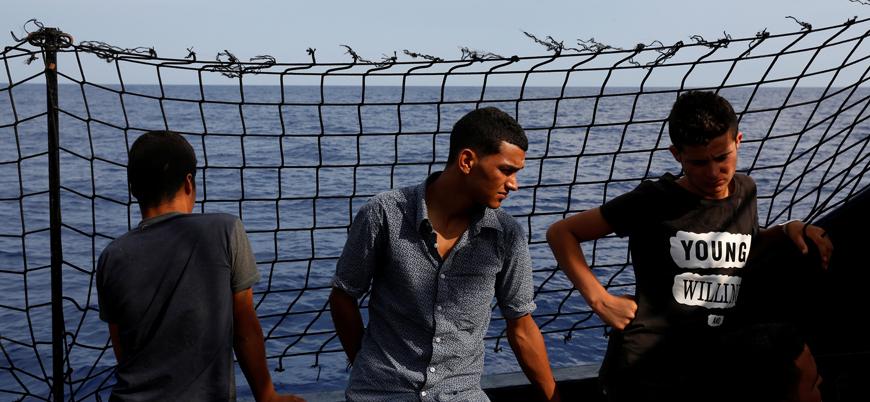 Malta izin vermiyor: 8'i çocuk 13 sığınmacı deniz ortasında mahsur