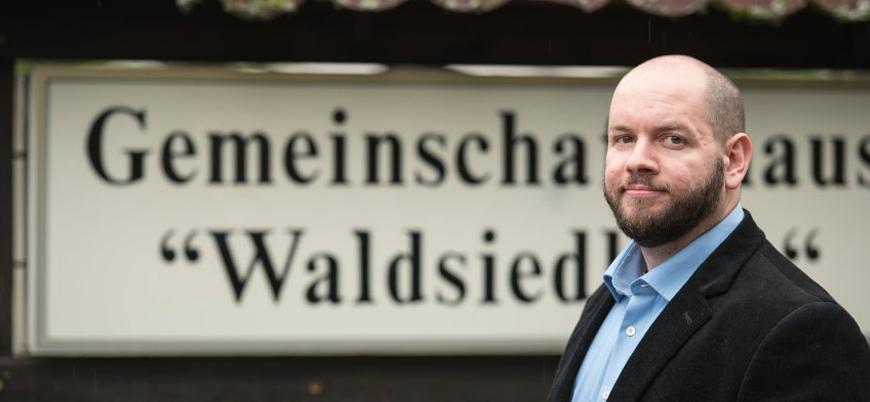 Almanya'da meclis başkanlığına bir Neo-Nazi seçildi